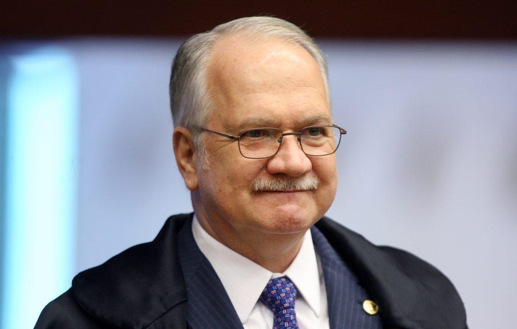 Fachin autoriza investigação contra Renan e mais sete senadores do MDB