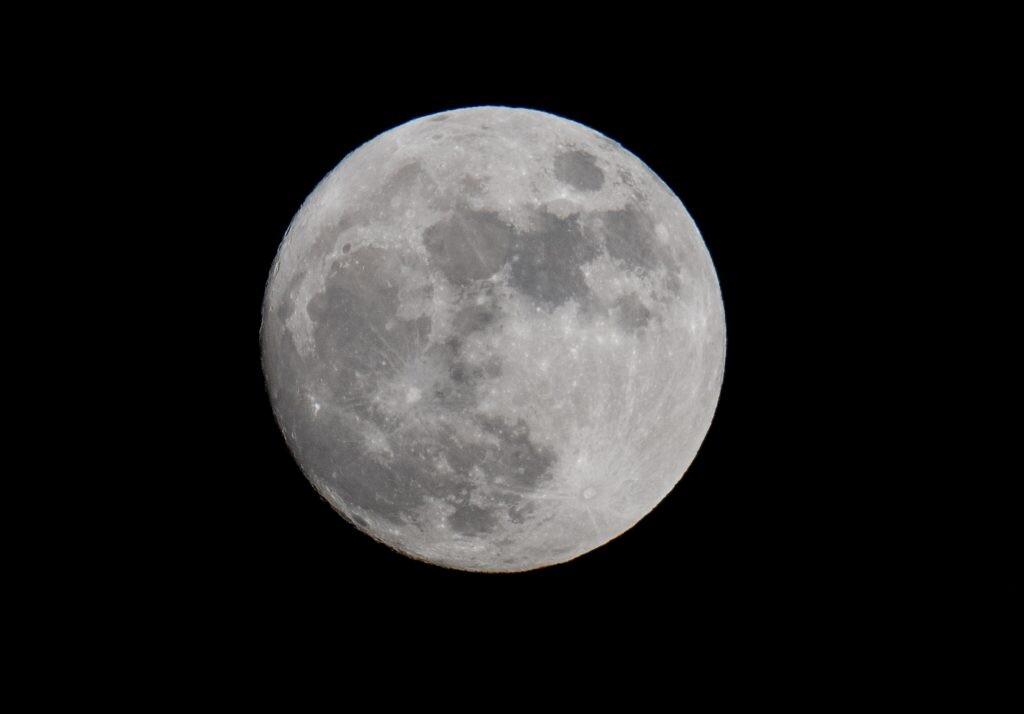 62e6906cd Maior Lua do ano será logo no primeiro dia Foto: Getty Images/Matt Cardy
