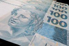Demanda por crédito no país sobe 2% em março após queda de 9% em fevereiro