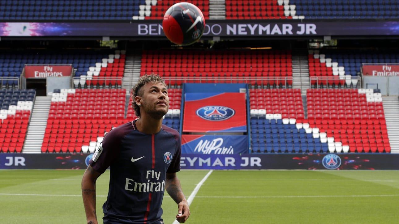Estreia de Neymar pelo PSG não deve acontecer neste sábado