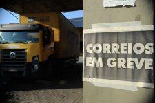 Funcionários dos Correios vão decidir nesta quinta-feira sobre o fim da greve