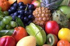 Pode: frutas cortadas e embaladas em zip lock