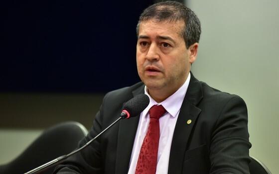 Ministro defende reforma trabalhista: 'Tempo de mais empregos'