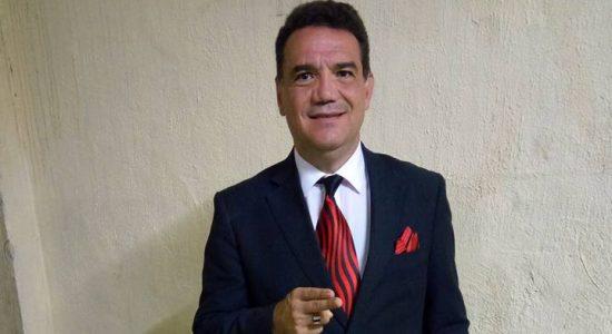 Pastor Júlio César Silva