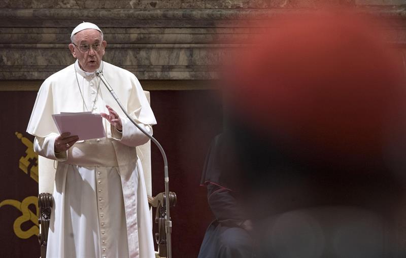 Papa Francisco pede paz mundial no Natal