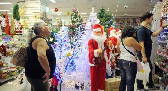 Comércio deve contratar até 10 mil pessoas no Rio de Janeiro para extras de Natal