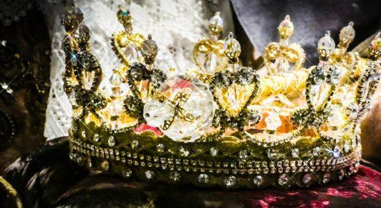 crown-2661334_1920
