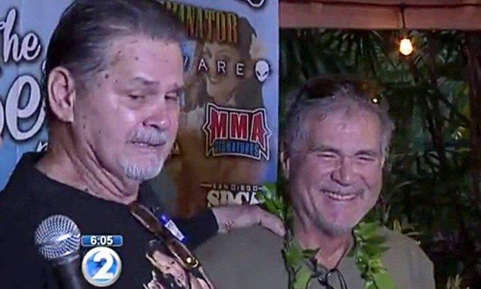 Homens que eram amigos há 60 anos descobrem que são irmãos