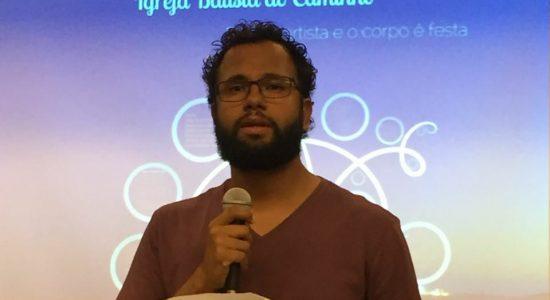 Pastor Henrique Vieira pode ser candidato em 2018