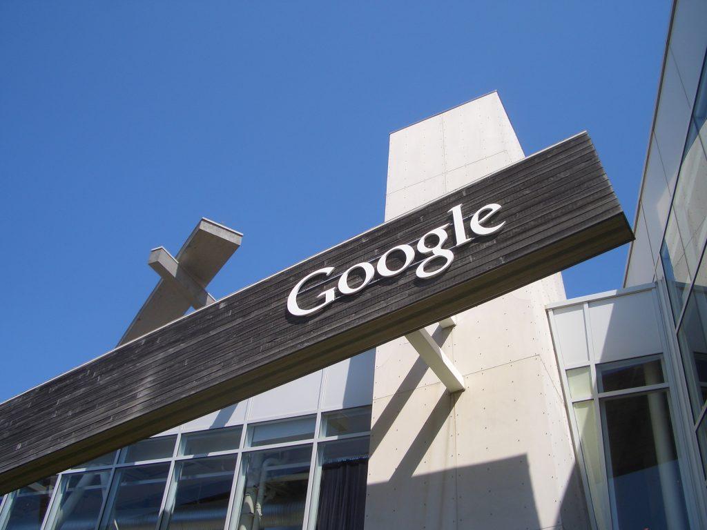 Google anuncia três cabos submarinos para expandir computação em nuvem