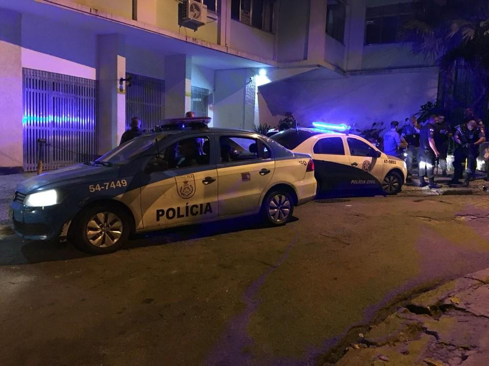 Criança de 10 anos morre após ser baleada na comunidade do Cantagalo