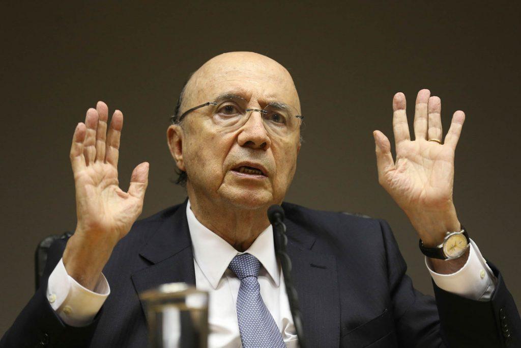 Meirelles admite 'contemplar' candidatura à Presidência