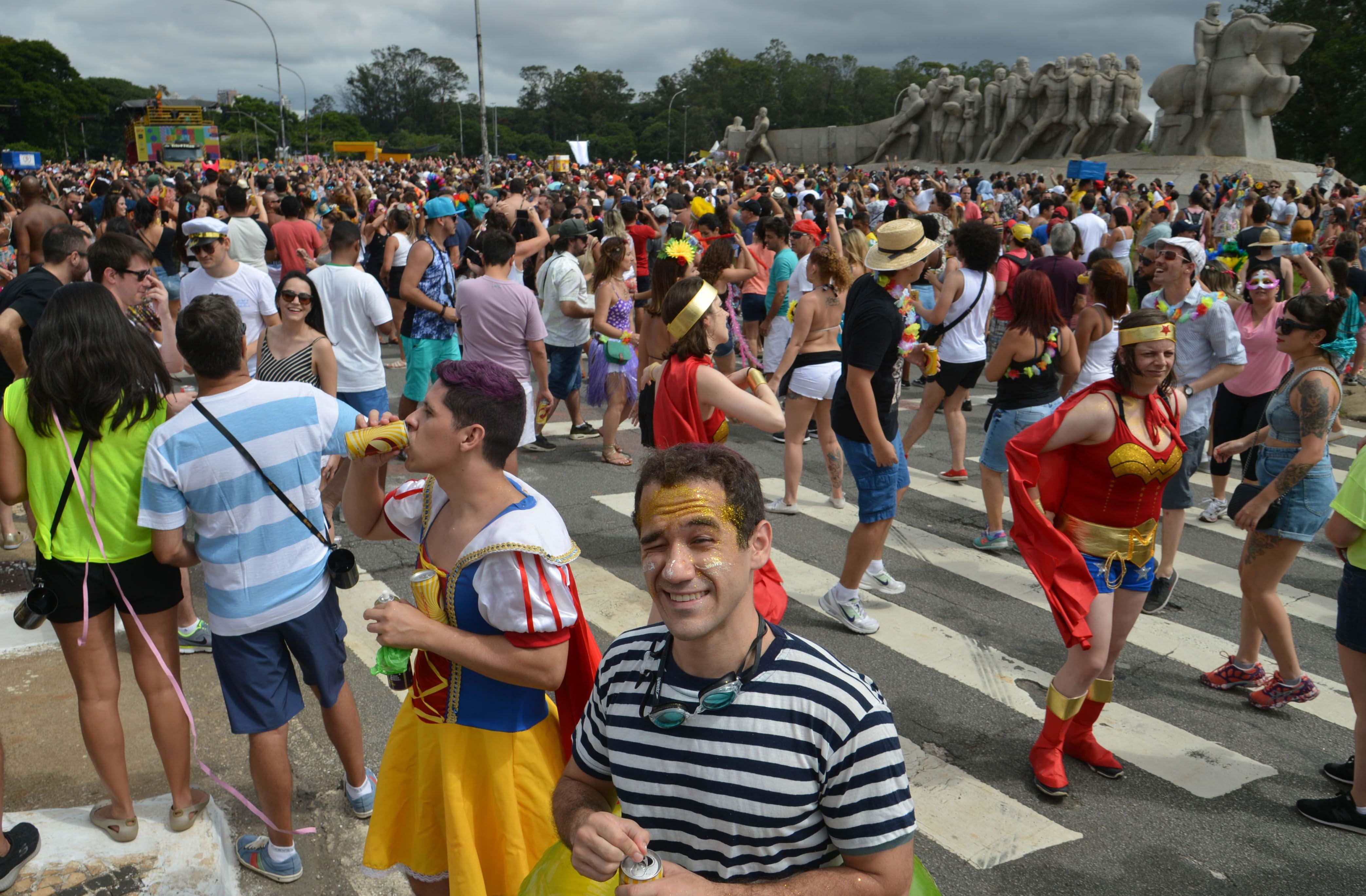 carnaval, pão e circo