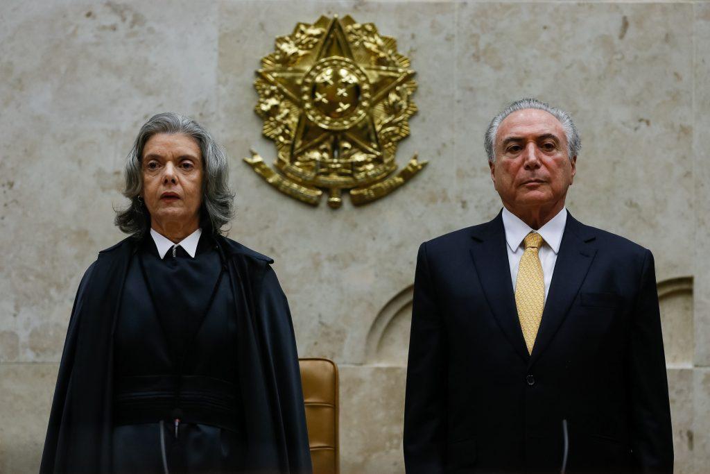 Golpista e chapa-branca, Estado pede prisão de Lula em editorial