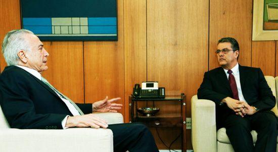 Roberto Azevêdo em reunião com Temer em Brasília