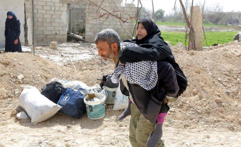 Guerra na Síria já matou mais de meio milhão de pessoas e devastou o país