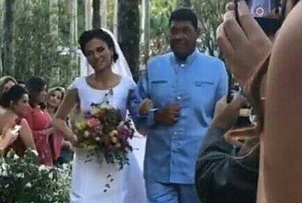 Juliana, filha de Valdemiro Santiago, se casa em São Paulo