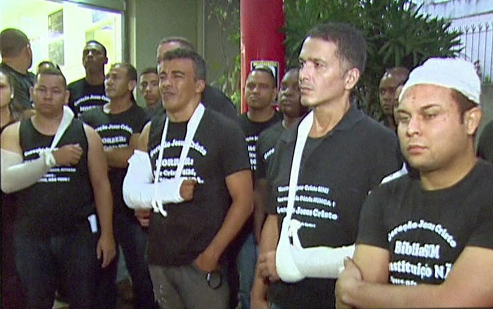 Confusão entre evangélicos e guardas municipais deixa 12 feridos