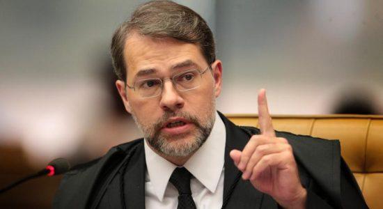 Dias Toffoli deixa a presidência do STF após dois anos