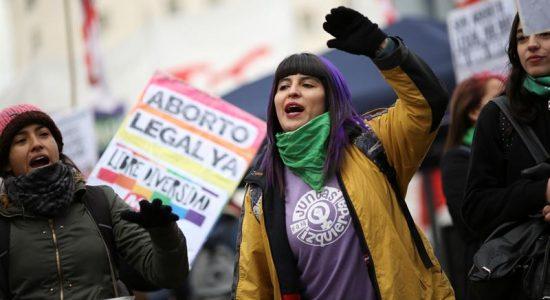 O passo atrás da Argentina com a legalização do aborto