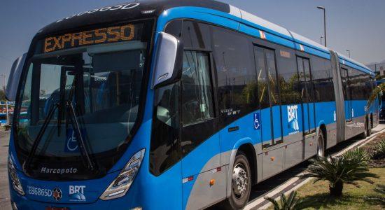 Três linhas do BRT foram paralisadas por causa de vandalismo