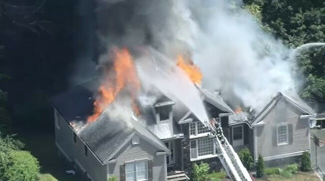 Casa de Elaine de Jesus sofre incêndio nos Estados Unidos
