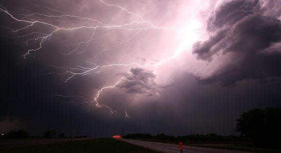 No Alabama, nos EUA, pastor foi atingido por raio