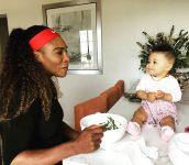 Serena com a filha Alexis, que nasceu no ano passado