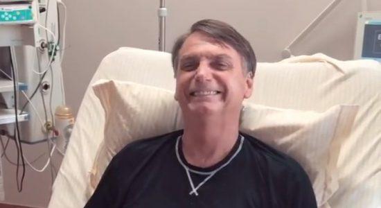 Jair Bolsonaro foi parar no hospital após sofrer queda no banheiro
