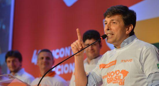 João Amoêdo desistiu de sua candidatura