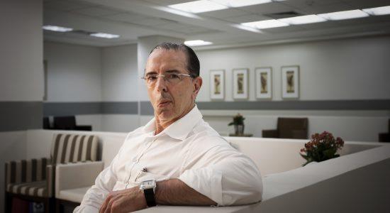 Cirurgião Antônio Luiz Macedo no hospital Albert Einstein,