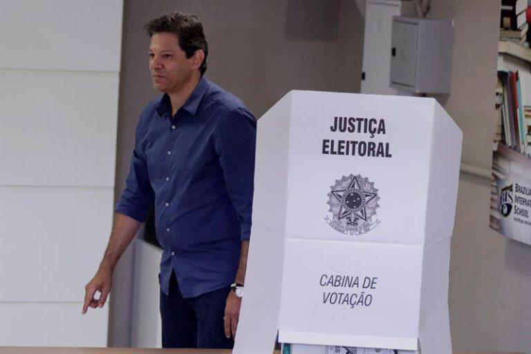 Haddad vota em São Paulo