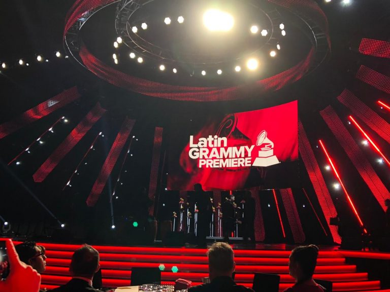 Fernanda Brum leva Grammy com Som da Minha Vida