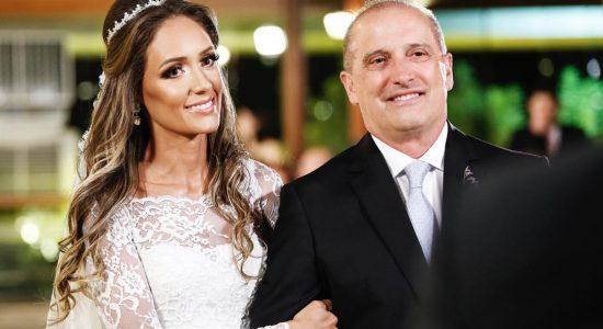 Novas fotos do casamento de Onyx Lorenzoni doram divulgadas