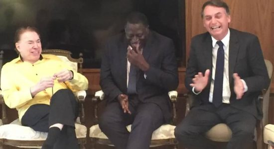 Bolsonaro e Silvio Santos almoçam juntos em São Paulo