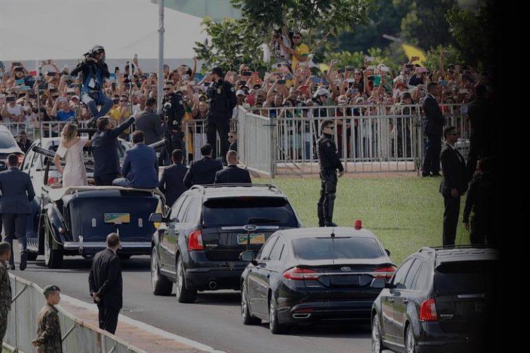 Jair Bolsonaro chega para posse
