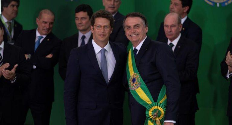 Ricardo Salles ao lado do presidente Jair Bolsonaro