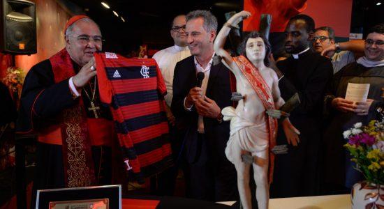 Dom Orani na sede social do Flamengo, na Gávea