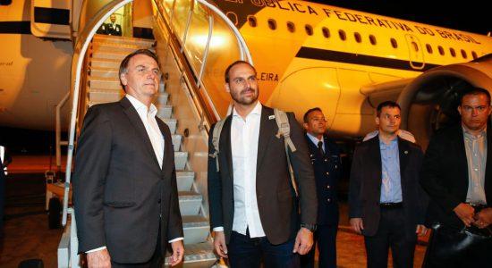 Jair Bolsonaro viajou para Davos na noite desta segunda