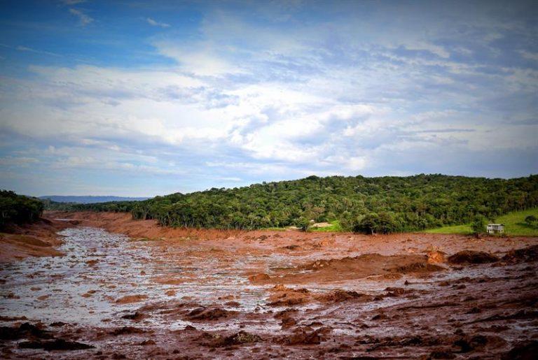 Barragem da Vale em Brumadinho, MG, se rompeu no dia 25
