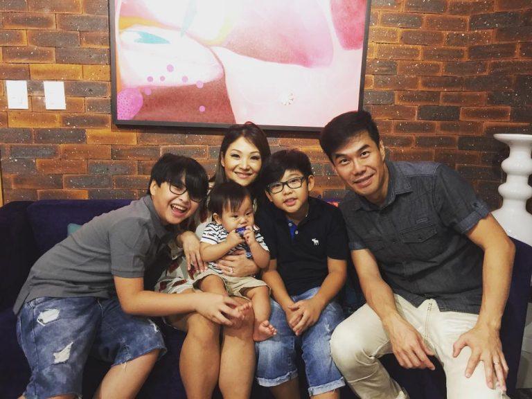 Juliano, Dani e os três filhos