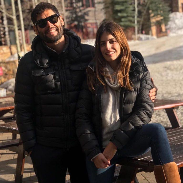 Dudu Azevedo curte férias com a esposa no exterior
