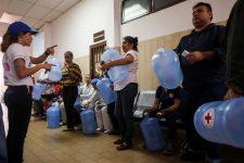 Ajuda humanitária começa a chegar a hospital venezuelano