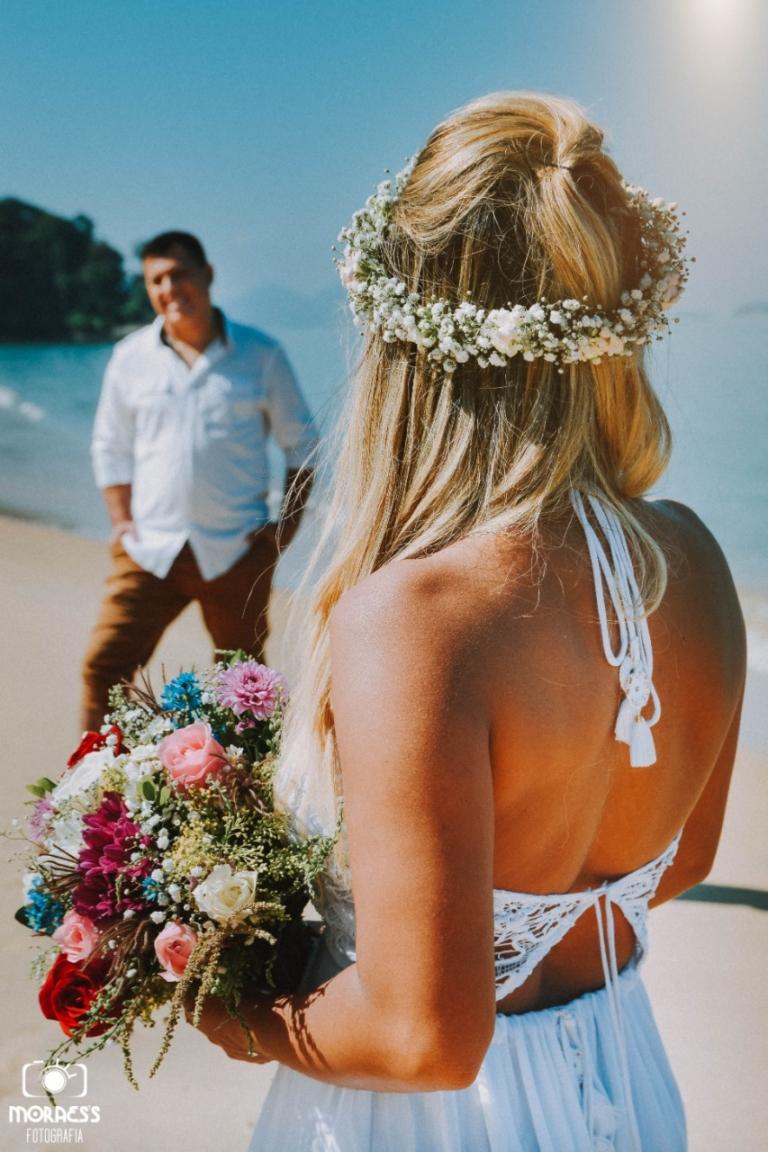 Francielli Santos fez ensaio para comemorar os dez anos de casada