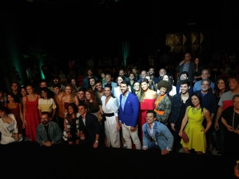 Topíssima: Elenco se reúne e está ansioso para estreia