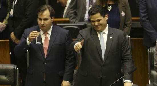 Presidentes da Câmara, Rodrigo Maia, do Senado, Davi Alcolumbre