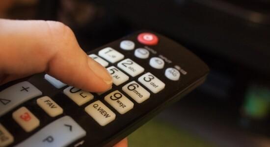 TV por assinatura segue com queda vertiginosa na base de clientes