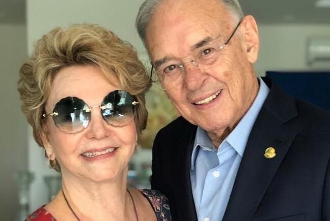 Yvelise e Arolde de Oliveira estão juntos há quase 60 anos