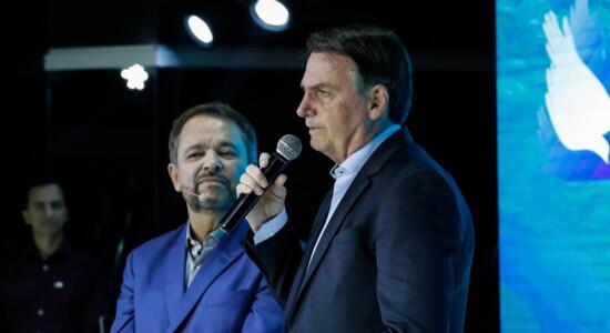 Presidente Jair Bolsonaro participa de culto evangélico na capital federal