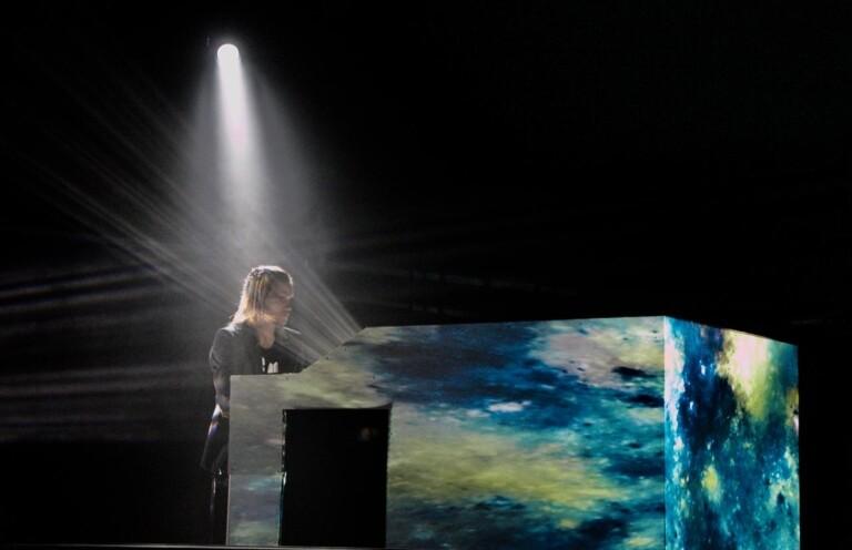 Marine Friesen lança EP gravado ao vivo